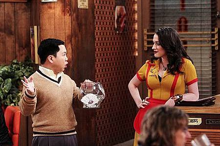 Two Broke Girls 2x13 (2)
