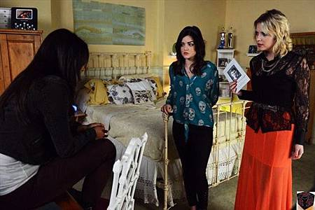 Pretty Little Liars3x21 (1)