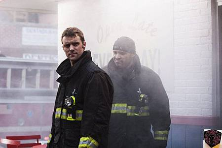 Chicago Fire 1x18 (1)