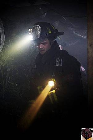 Chicago Fire 1x20 (1)