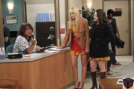 Two Broke Girls 2x21 (2)