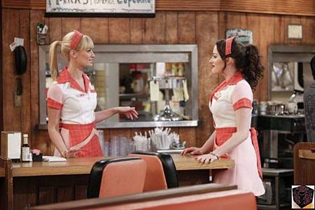 Two Broke Girls 2x22 (2)