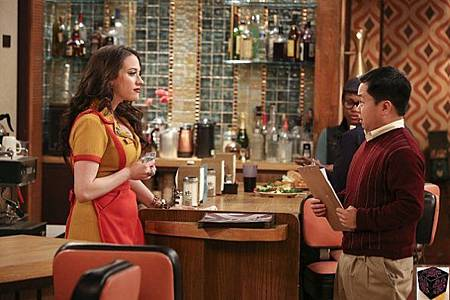 Two Broke Girls 2x24 (1)