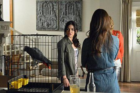 Pretty Little Liars4x2 (1)