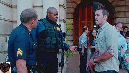 Hawaii Five-0 4x1 (1).jpg