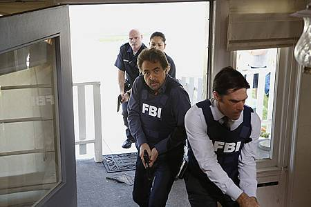 Criminal Minds 9x1 (1).jpg