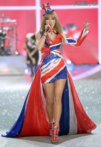 The Victoria's Secret Fashion Show (36).png