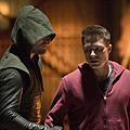 Arrow S02E12.01.png