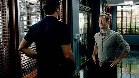 Hawaii Five-04x20 (4).jpg