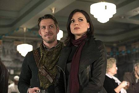 Once Upon a Time3x21-22 (10).jpg