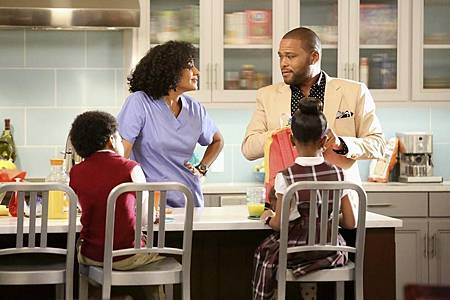 BlackIsh1x1 (10).jpg