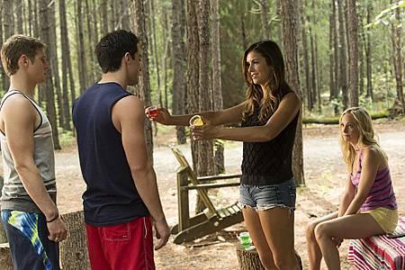 The Vampire Diaries6x3 (1).jpg