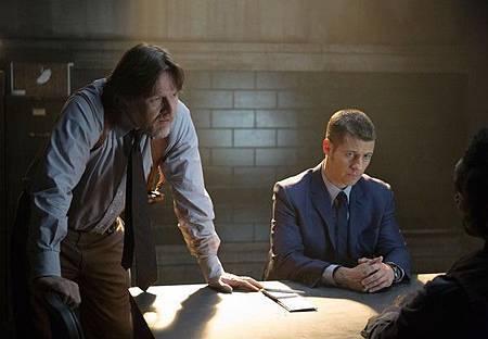 Gotham1x9 (3).jpg