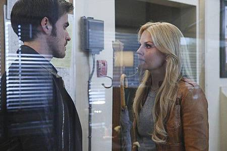 Once Upon a Time4x10 (1).jpg