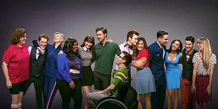 Glee S06 cast (1).jpg