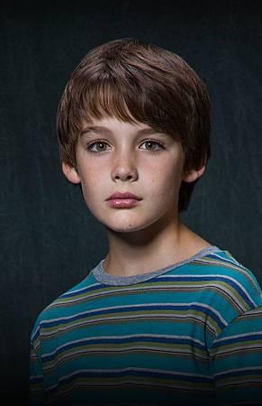 Victor (Dylan Kingwell ).jpg