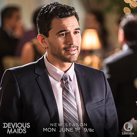 Devious Maids s03 (4).png
