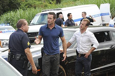 Hawaii Five-06x02(1).jpg