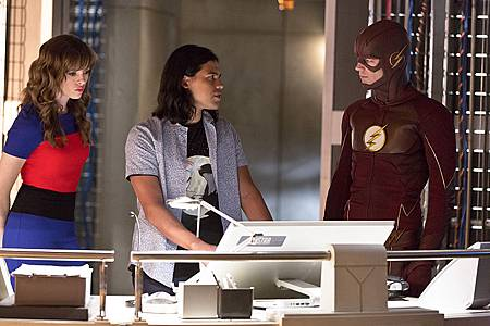 The Flash2x3 (1).jpg