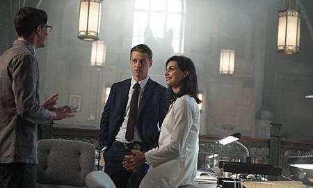 Gotham 2×5 (1).jpg