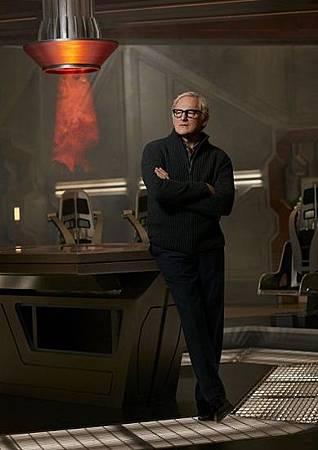 DC's Legends of Tomorrow  S01 CAST (7)FirestormMartin Stein博士(Victor Garber).jpg