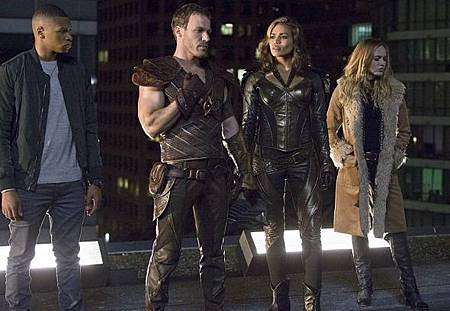 DC's Legends of Tomorrow  1x1 (14).jpg