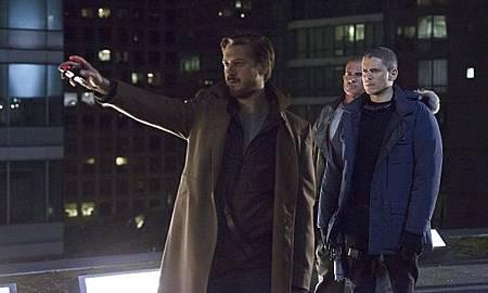 DC's Legends of Tomorrow  1x1 (16).jpg