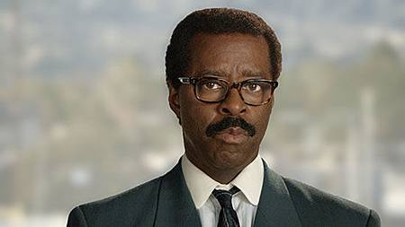 Johnnie Cochran(Courtney B. Vance).jpg
