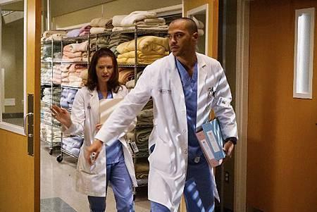 Grey's Anatomy 12x11 (1).jpg