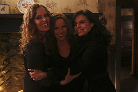 Once Upon a Time5x19 (1).jpg