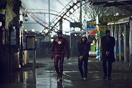 The Flash2x19 (8).jpg