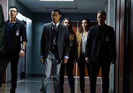 Criminal Minds BB1x10 (1).jpg