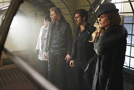 Once Upon a Time5x22,23.jpg