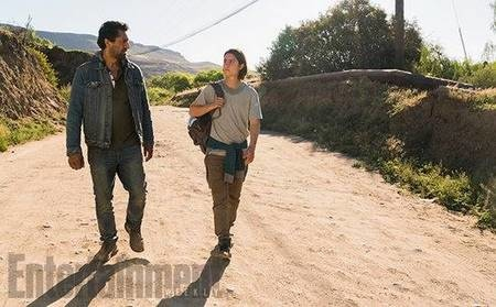 Fear The Walking Dead 2x8 (3).jpg
