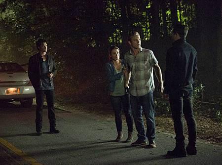 The Vampire Diaries  8x1 (2).jpg