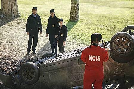 NCIS 14x1 (7).jpg