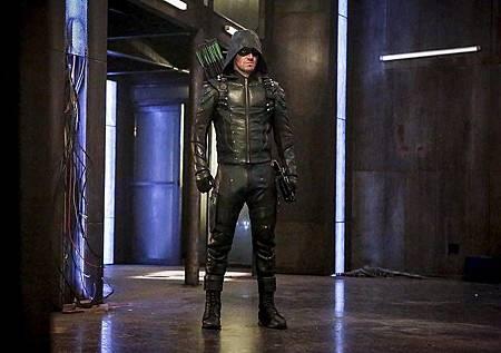 Arrow 5x2 (1).jpg