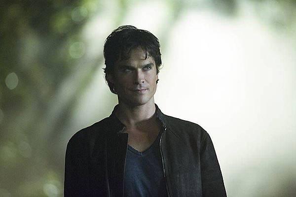 The Vampire Diaries  8x1 (7).jpg