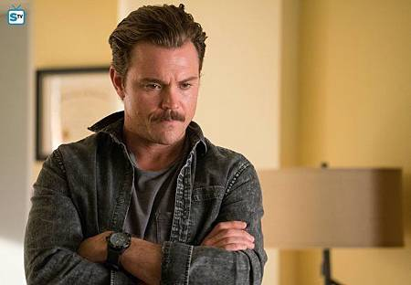 Lethal Weapon1×8(6).jpg