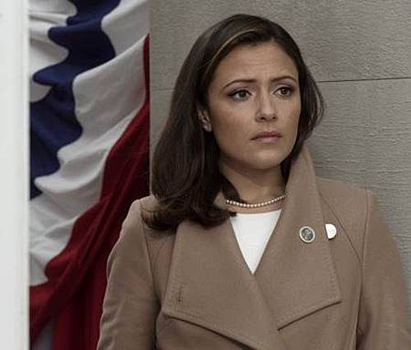 Designated Survivor 1x10 (1).jpg