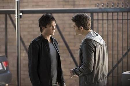 The Vampire Diaries  8x8 (4).jpg