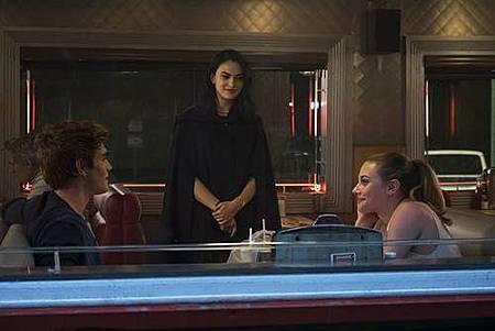 Riverdale 1x1 (10).jpg