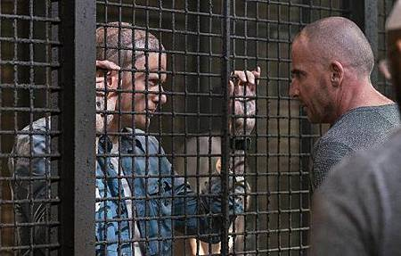 Prison Break5x1 (1).jpeg