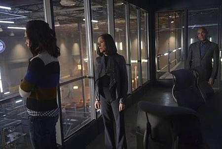 Timeless 1x13 (3).JPG