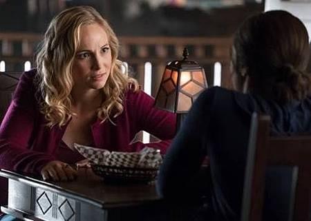 The Vampire Diaries 8x10 (1).jpg