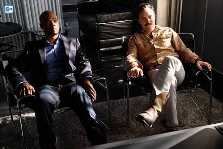 Lethal Weapon1×14(7).jpg