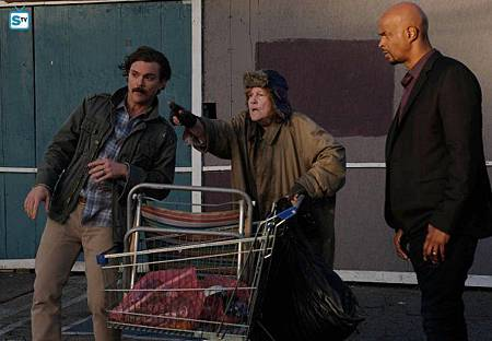 Lethal Weapon1×15(8).jpg