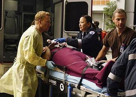 Grey's Anatomy 13x15 (1).jpg
