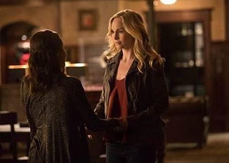 The Vampire Diaries 8x16 (6).jpg