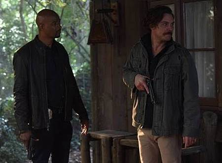 Lethal Weapon1x18 (3).jpg